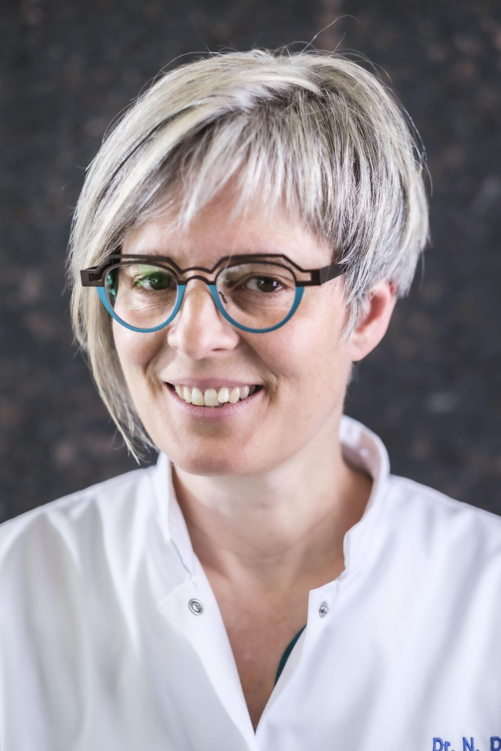 Dr Nathalie Deroo